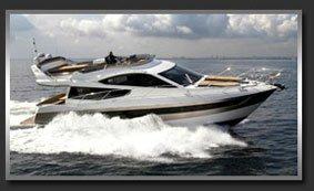 Моторная яхта с флайбриджем Galeon 550 Fly
