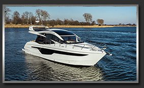 Моторная яхта с флайбриджем Galeon 510 Skydeck